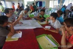 Perbincangan kumpulan mengenai sumbangan dan impian belia Orang Asal di dalam masyarakat pada masa akan datang